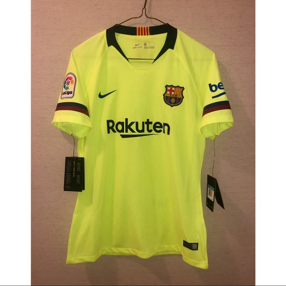 new style d3f1e a9ad8 Nike Women's FC Barcelona 2018-19 Away Jersey NWT